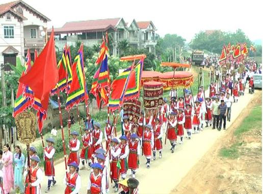 Lễ hội đình làng Hùng Lô, Phú Thọ.