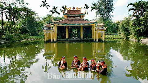 Thủy đình rối nước, xã Hồng Quang, huyện Nam Trực, Nam Định.
